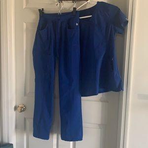Cherokee Infinity Blue scrubs S top/bottom